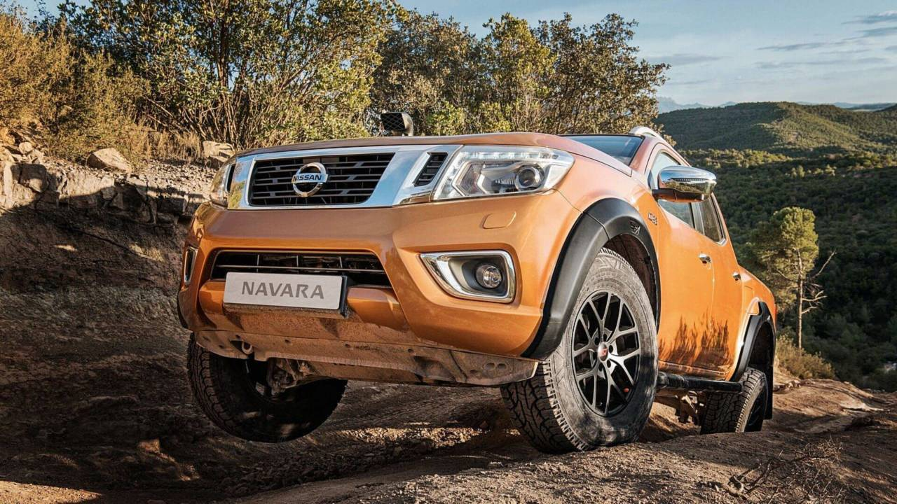 Nissan Navara OFF ROADER AT32 2018