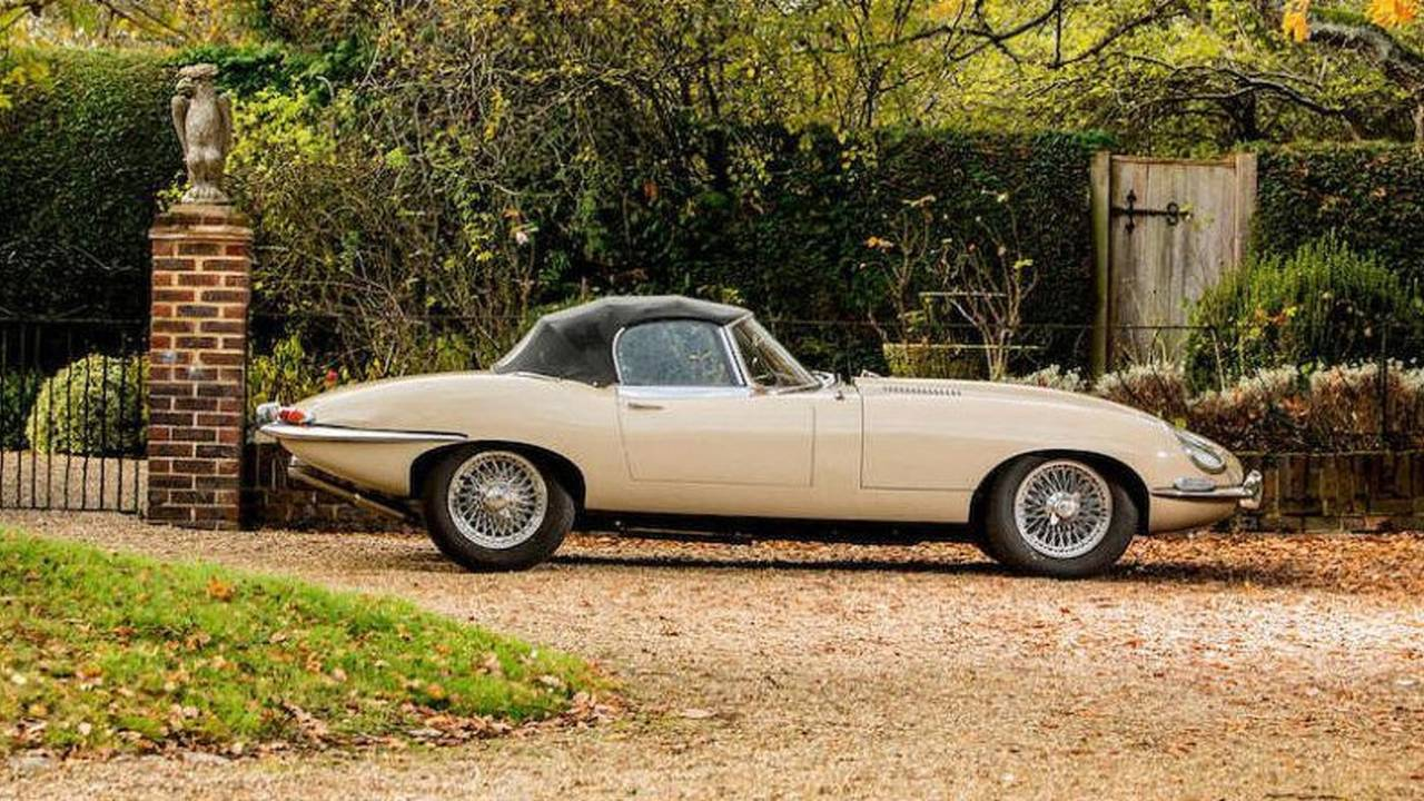1967 Jaguar E Type Series 1 - $165,677
