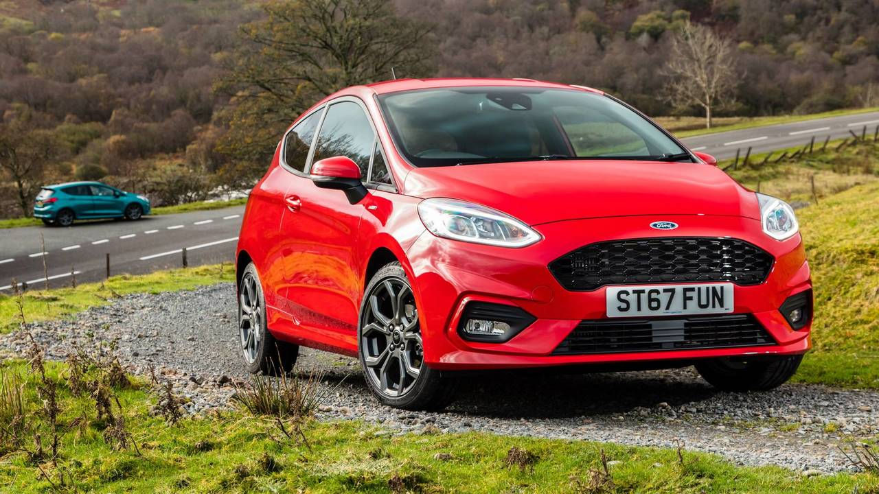 Ford cuts Fiesta production