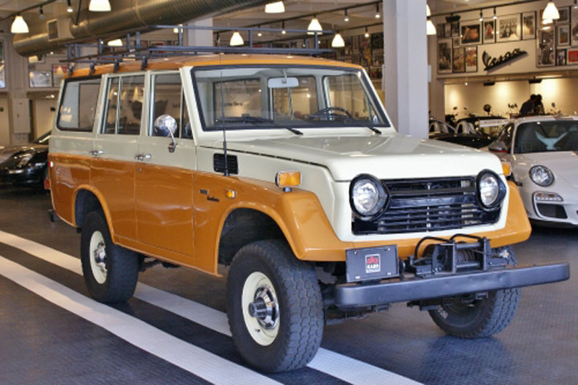 Toyota Land Rover >> Land Cruiser Or Land Rover Which Would You Buy