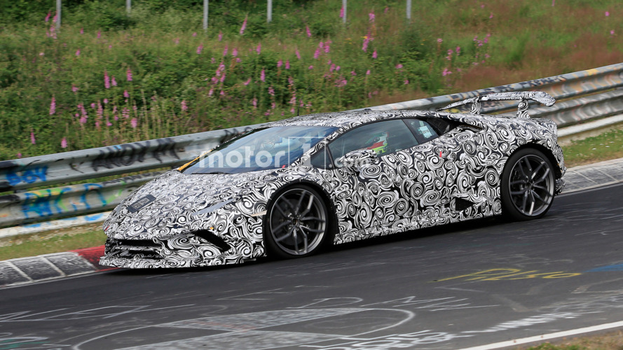 Listen to the Lamborghini Huracan Superleggera sing its sweet song