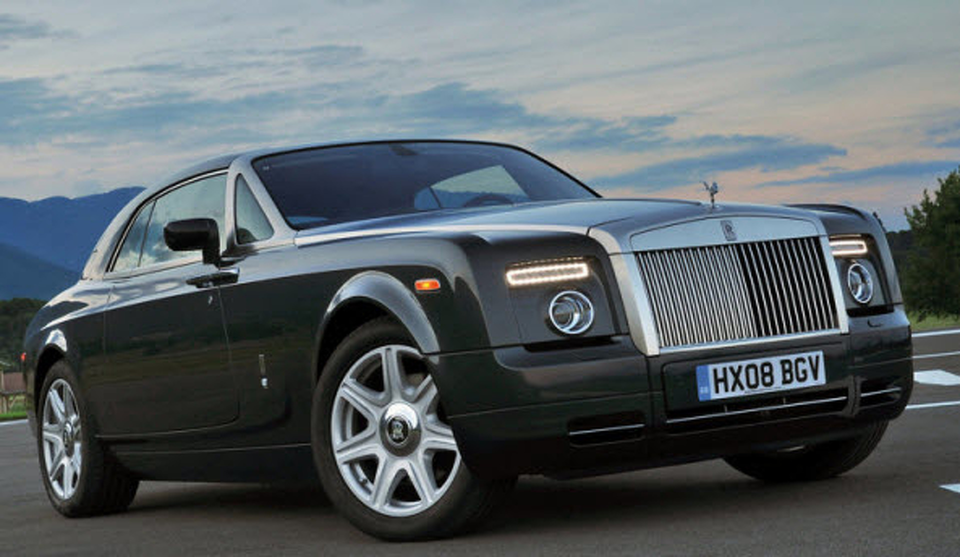 10 Awesome Prom Cars