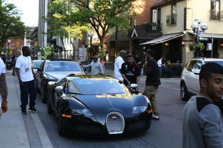 Drake Does Canada in a New Bugatti