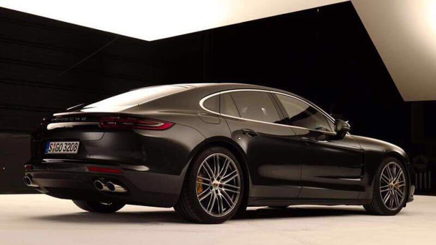 2017 Porsche Panamera leaked photos