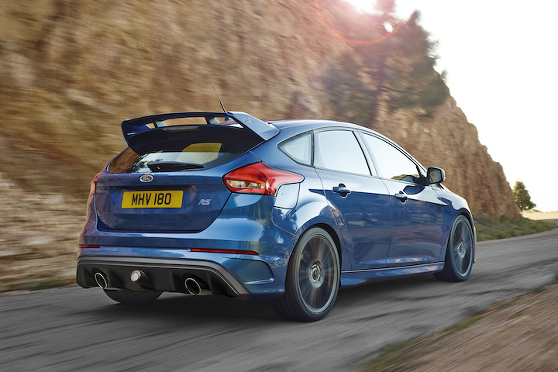 A Focus RS Re-imagined as an Aston Martin? Yes, Please!