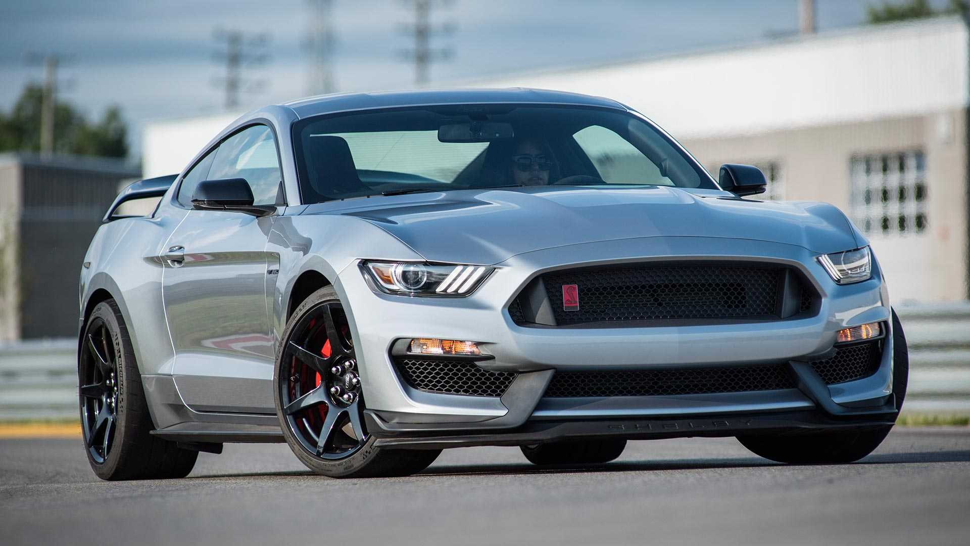 2020 Ford Mustang Gt Review.2020 Ford Mustang Shelby Gt350r First Drive Don T Be