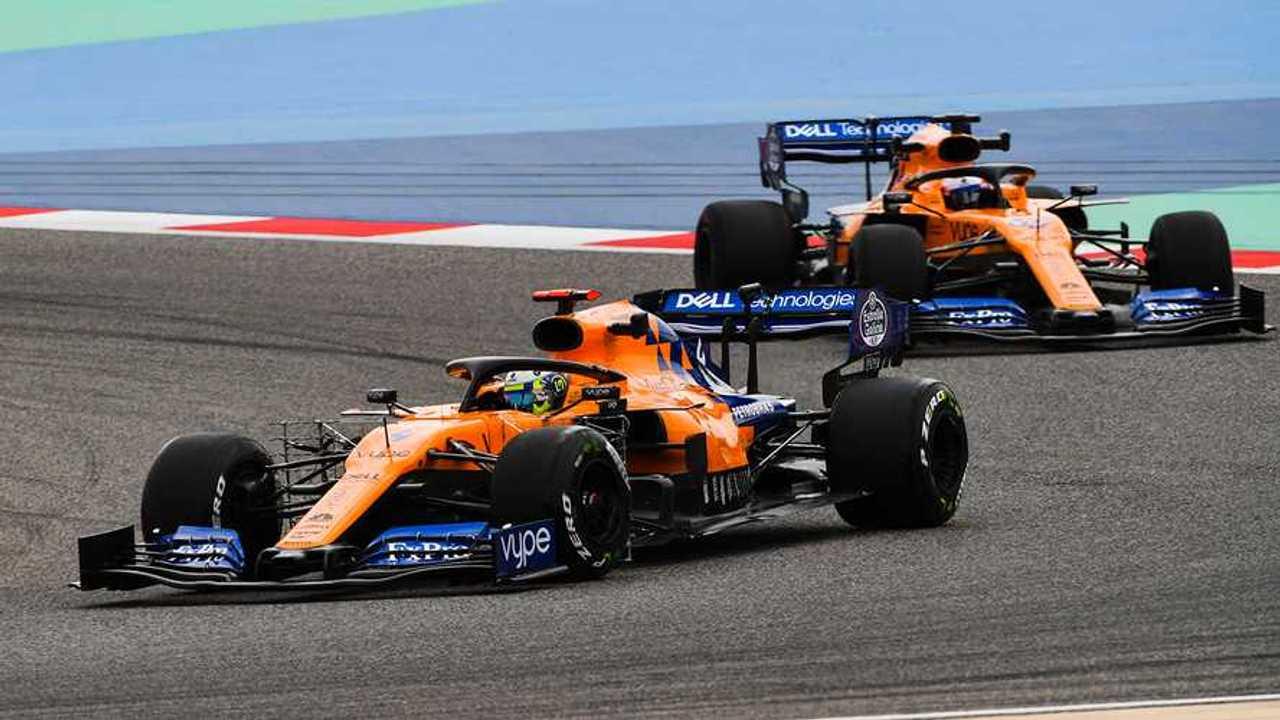 Lando Norris, McLaren MCL34 and Carlos Sainz Jr., McLaren MCL34