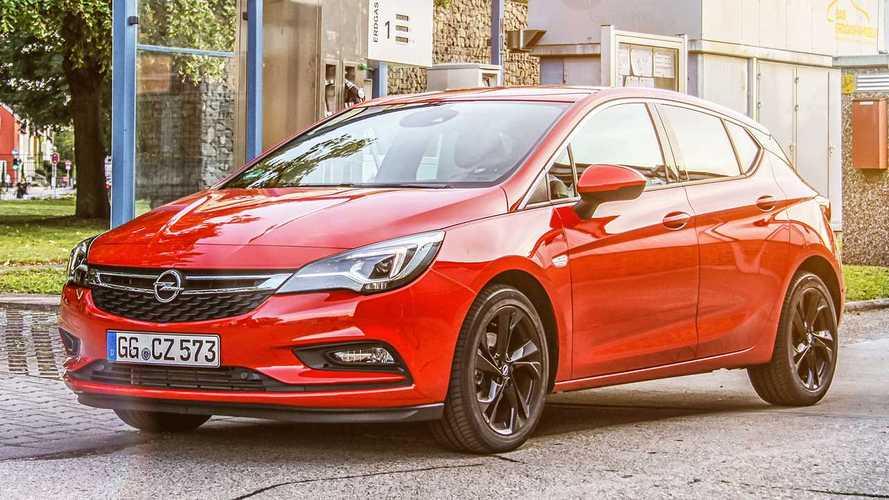 A használt, és az új autók értékesítése is nőtt Magyarországon