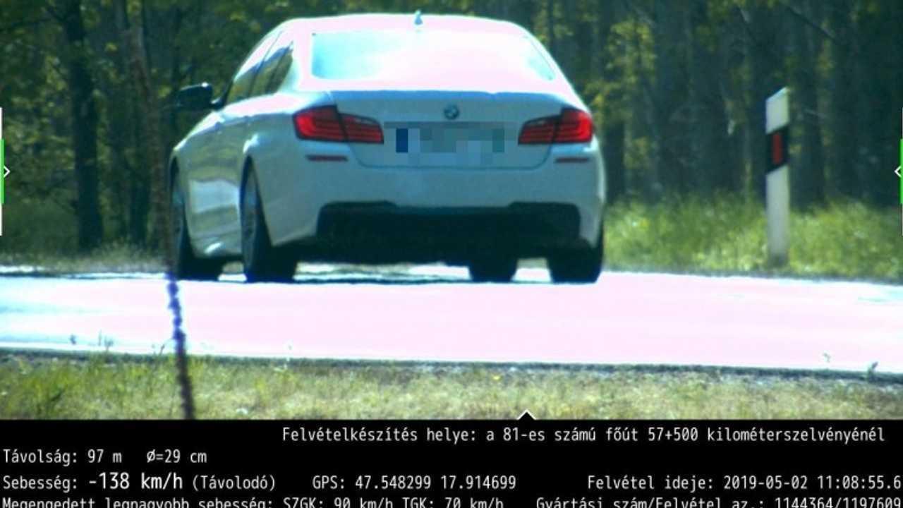 BMW 138 km/h