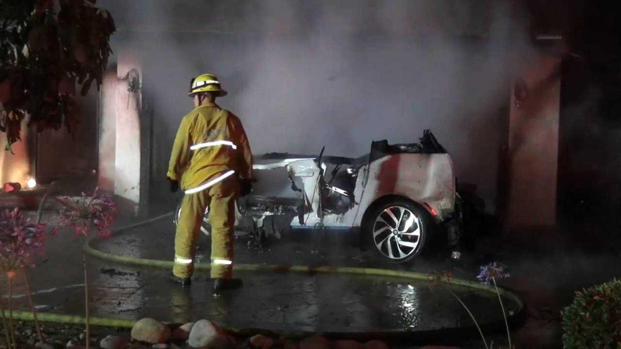 BMW i3 Kaliforniya'daki yangında ana şüpheli
