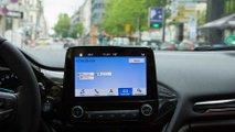 car2x technologie ford und vodafone testen anzeige freier parkplatze