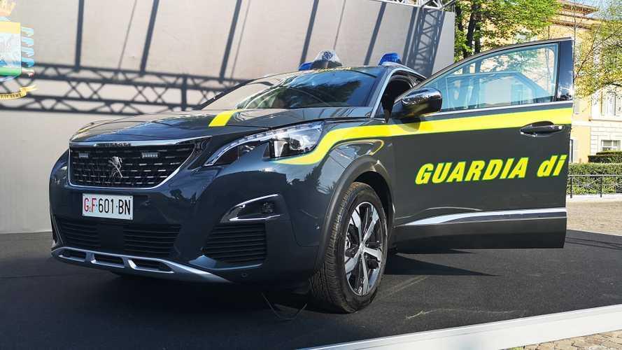 La Guardia di Finanza passa al SUV, ecco la Peugeot 3008 in divisa
