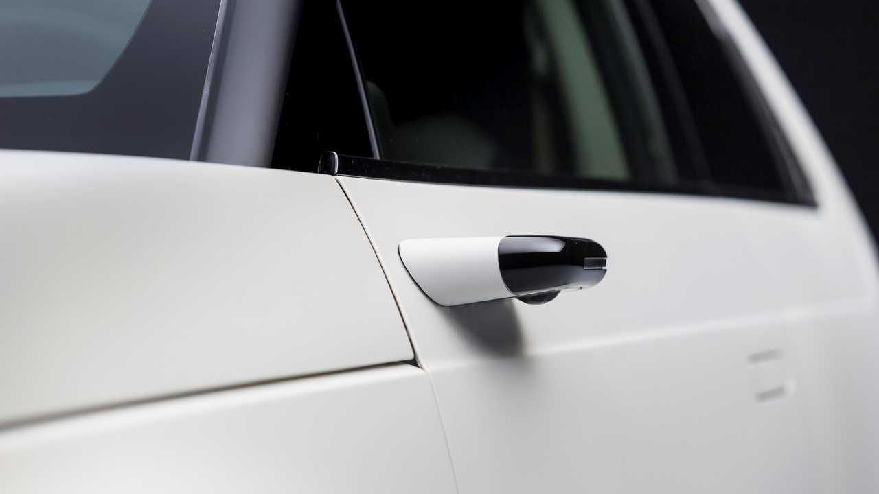 Honda e - Yan Kamera Ayna Sistemi