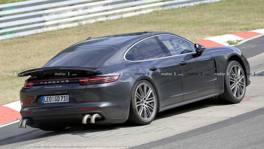Porsche Panamera spied with unusually long exhaust tips