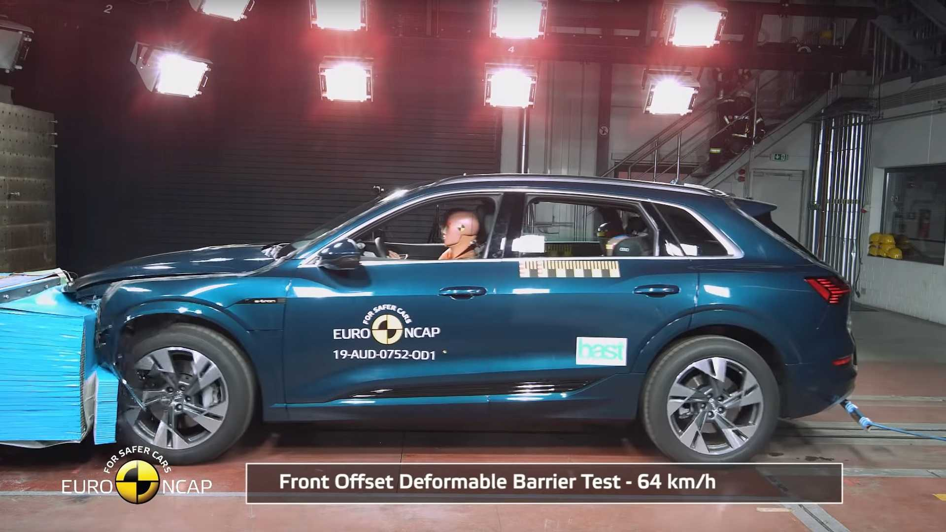 Video: Audi E-tron Gets 5 Stars In Euro NCAP Crash Tests