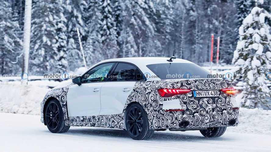 Audi RS 3 Sedán 2021, fotos espía