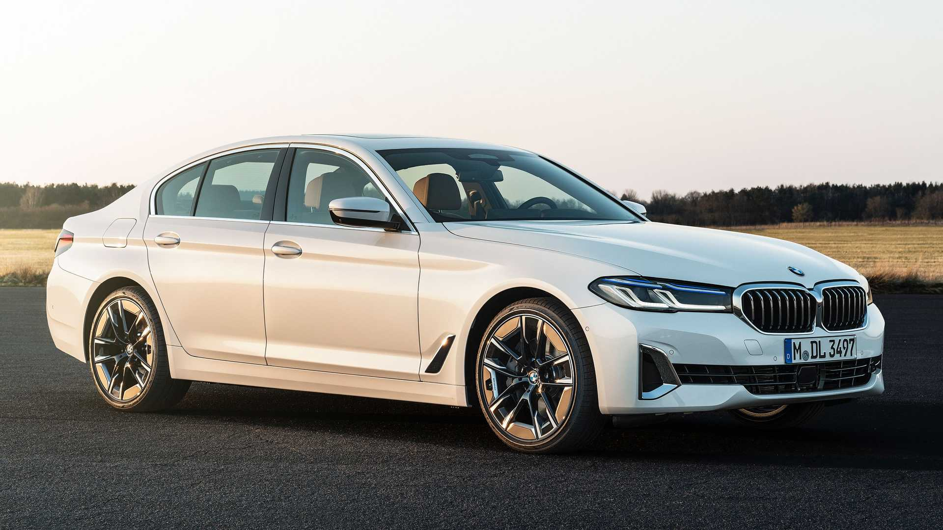 Bmw 5 Series News And Reviews Motor1 Com