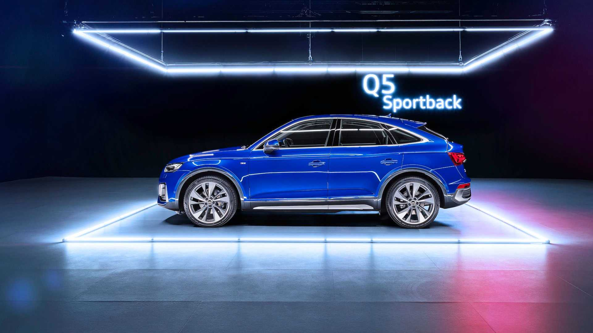 Audi Q5 Sportback 2021 года стоит от 47 800 долларов, SQ5 — от 56 100 долларов