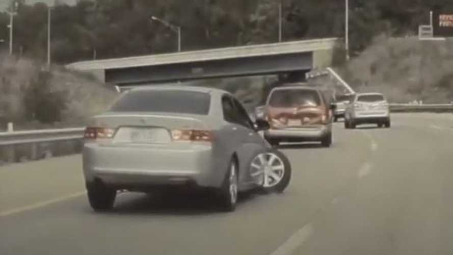 Watch TeslaCam Capture Scary Sideways-Turning Wheel On Busted Acura