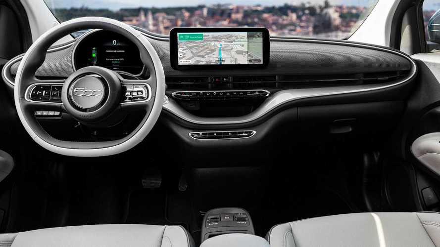 Rivoluzione scuola guida: per la patente si studiano auto ibride e elettriche