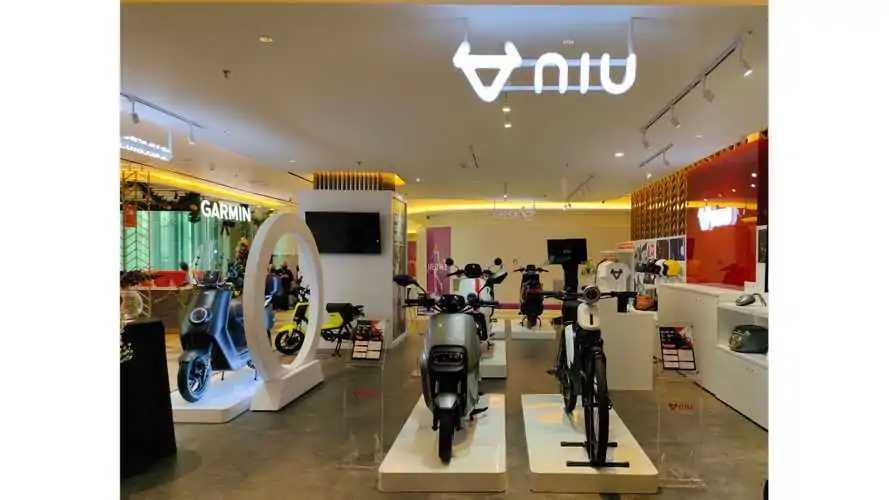 NIU Membuka Premium Store Pertama di Jakarta