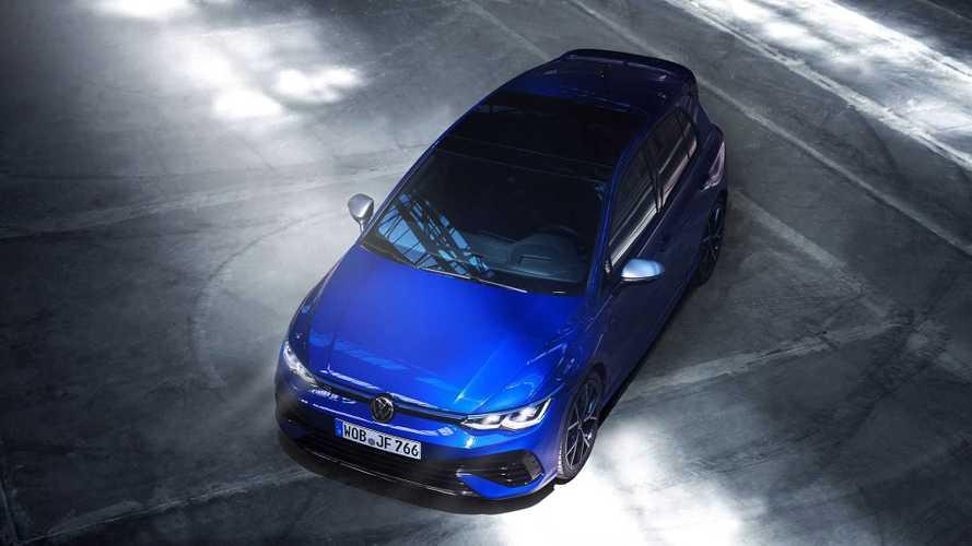 320 lóerőt is elérhet az új Volkswagen Golf R
