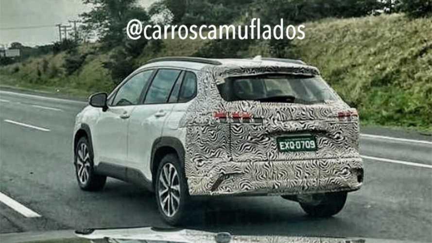 Flagra! Toyota Corolla Cross aparece em testes no Brasil pela 1ª vez