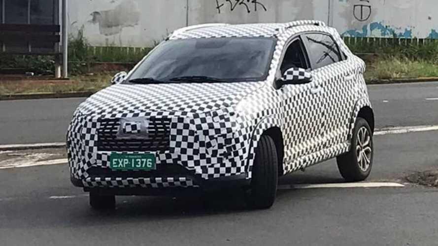 Flagra: Novo Caoa Chery Tiggo 2 chega em 2021 com motor 1.0 turbo e câmbio CVT