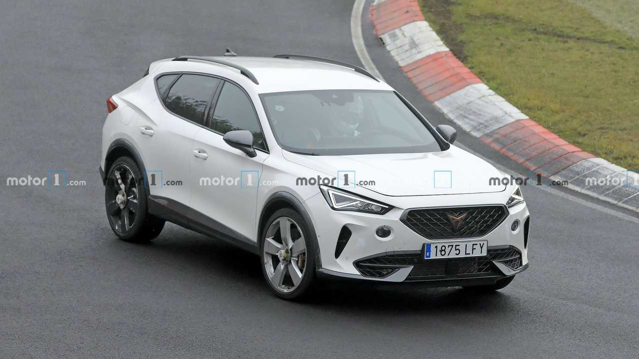 400-Hp Cupra Formentor Front High Angle Spied