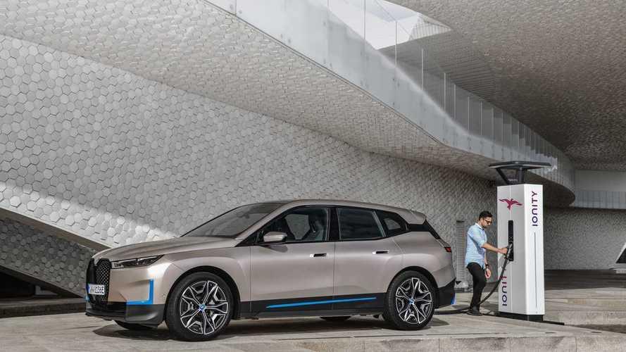 BMW, EV satış rakamlarını bu yıl ikiye katlamak istiyor