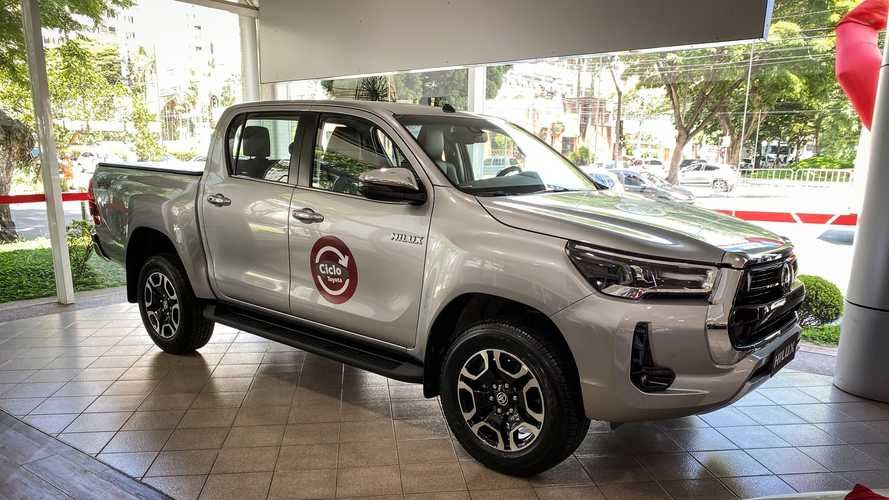 Toyota Hilux 2021 já sobe de preço e supera barreira dos R$ 250.000
