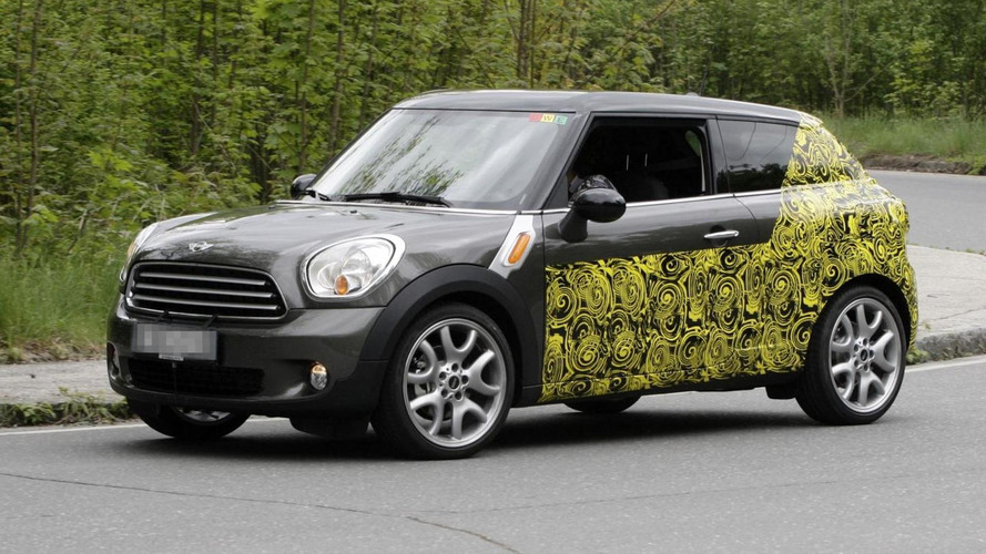 MINI Countryman Coupe spied testing