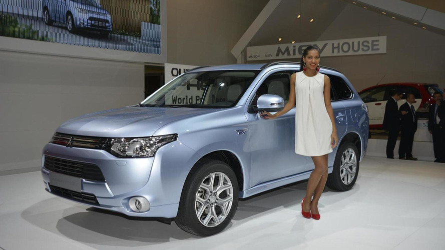 Mitsubishi Outlander PHEV delayed in United States until 2015