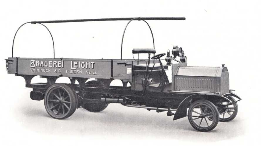 Dünyanın ilk pickup'ını Daimler mi üretti?