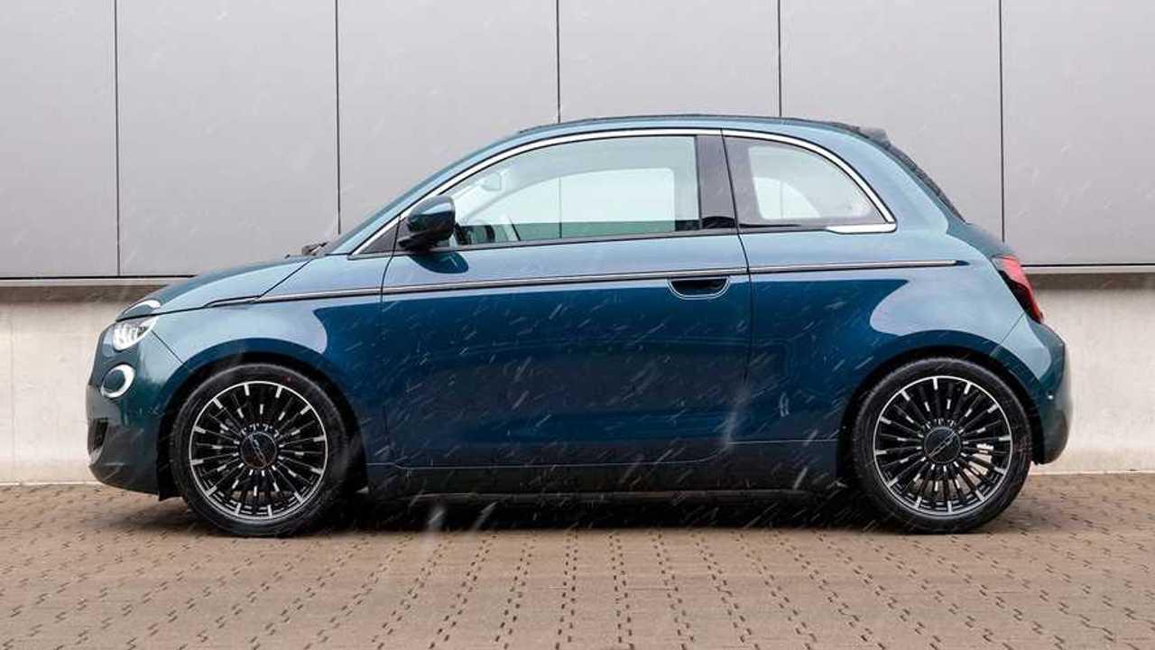 Fiat 500e Cabrio mit H&R-Sportfedern