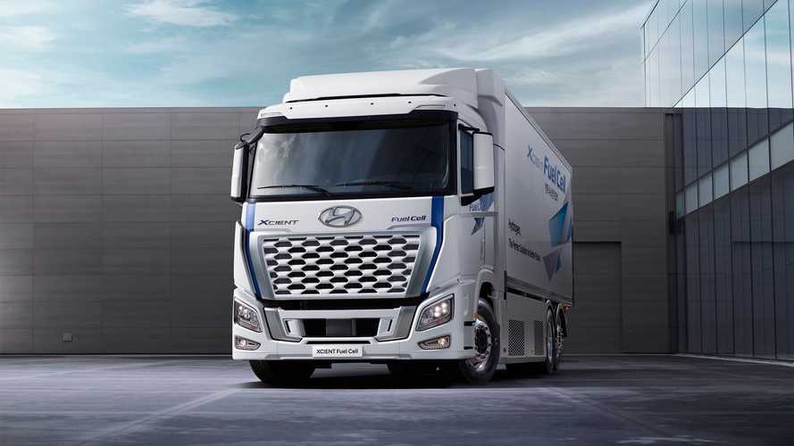 Hyundai XCient fuel cell, arriva già il restyling