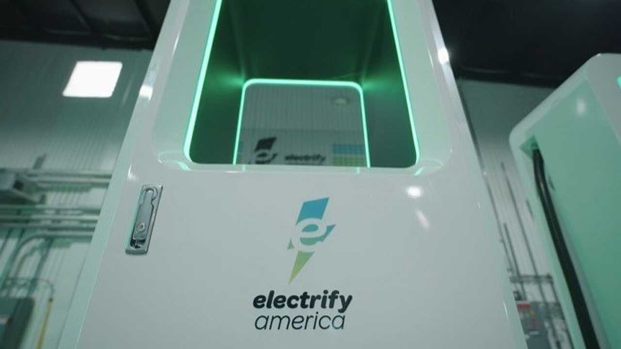 Electrify America DC fast charge station