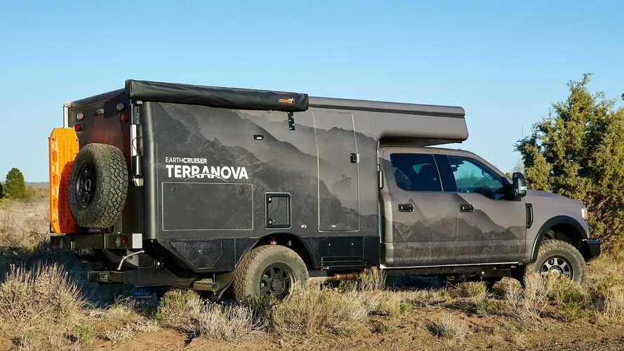 Earthcruiser Terranova Expedition Camper