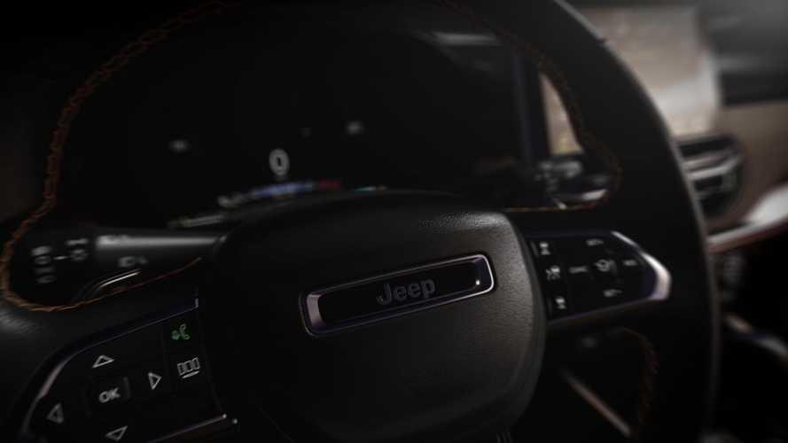 Novo Jeep Commander 2022 mostra interior em vídeo
