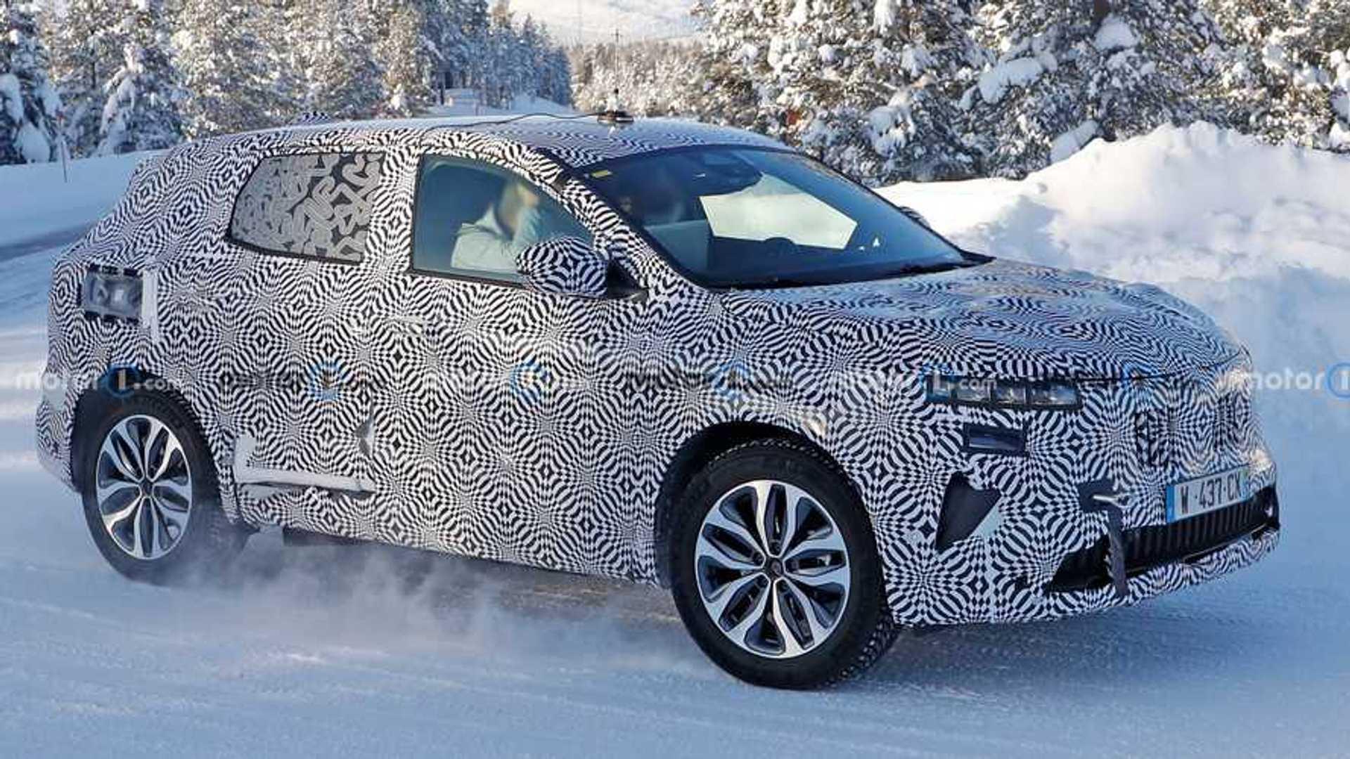Renault Kadjar 2022 года впервые появится в серийном кузове