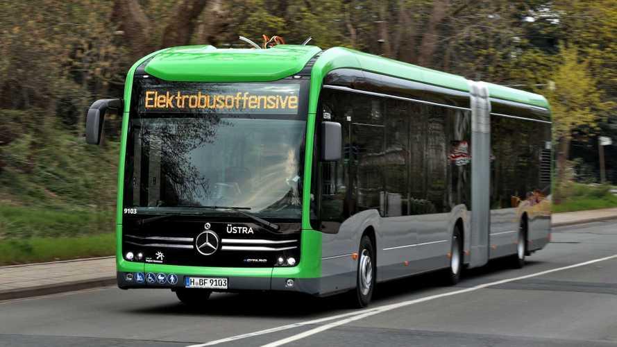 Stuttgart Otobüs Durağında şarj sırasında yangın çıktı!