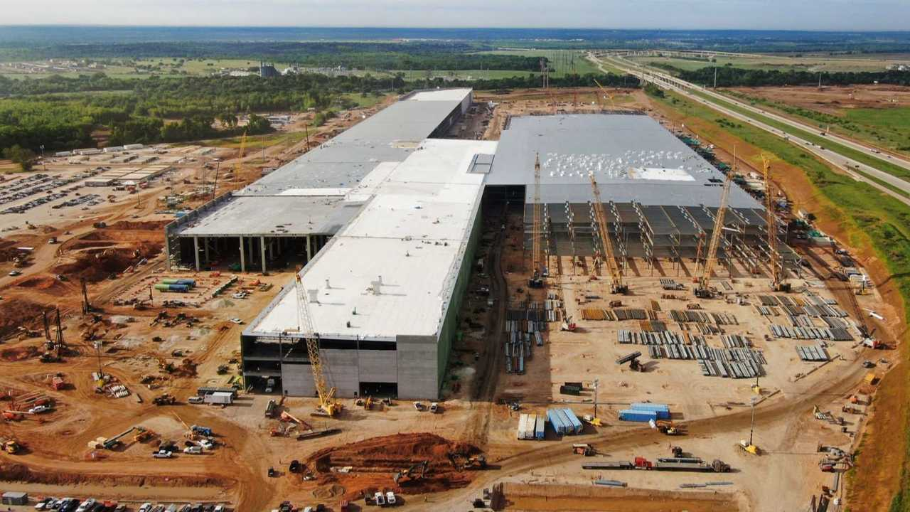 Tesla Giga Texas (Gigafactory 5) - Model Y Factory Construction (Tesla Q1 2021 report)