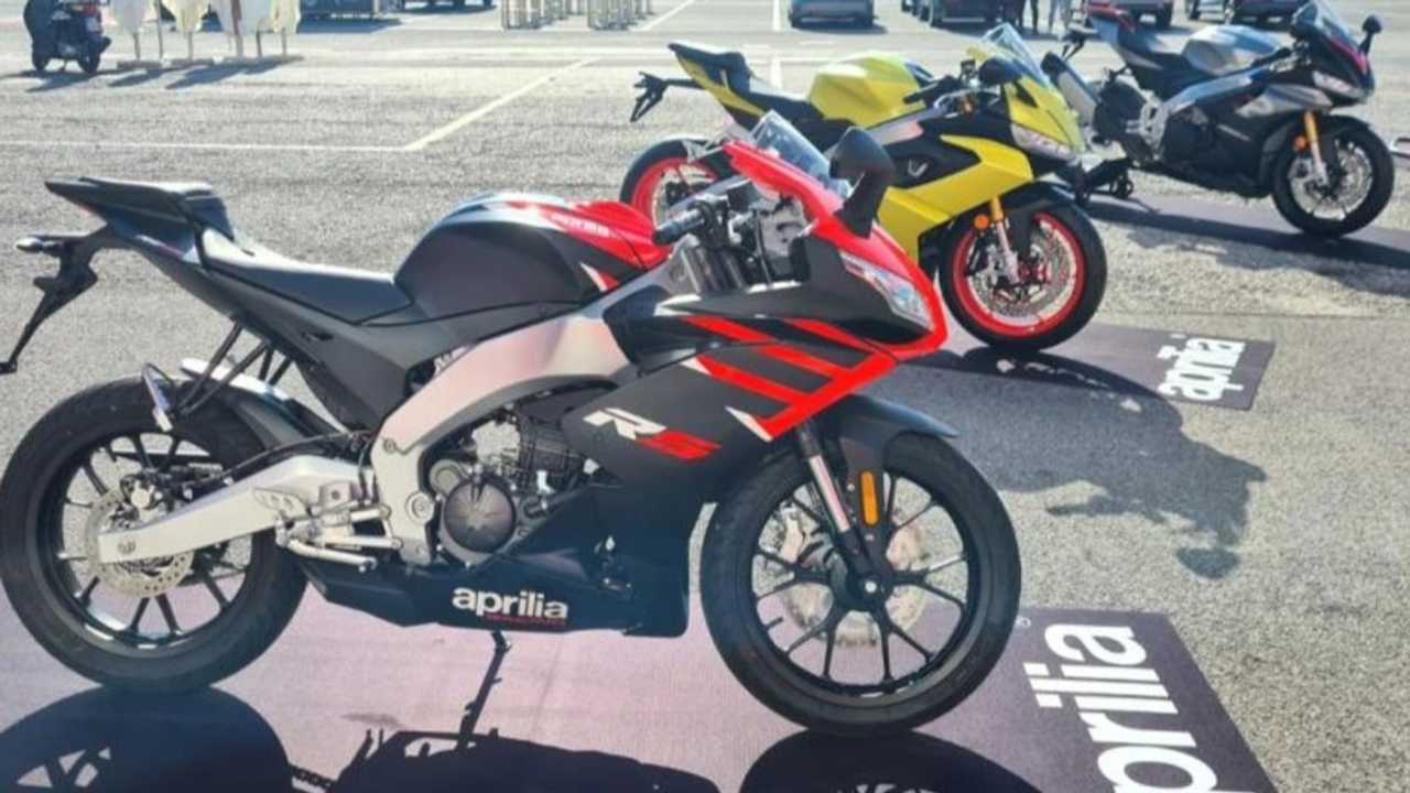Aprilia Tuono And RS125 Make Their Way To Italian Dealerships