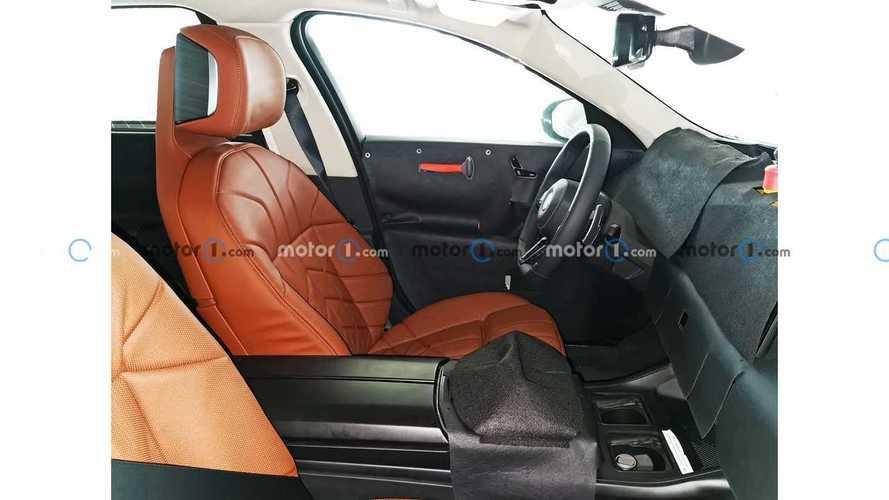 Nuova BMW Serie 7, le prime foto spia degli interni