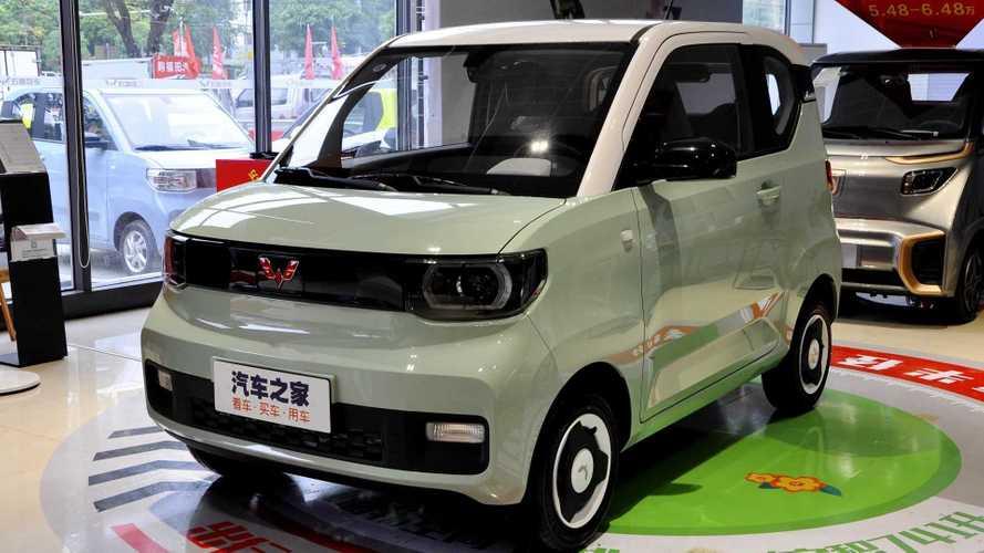 Carro elétrico urbano da GM-Wulling segue como fenômeno na China