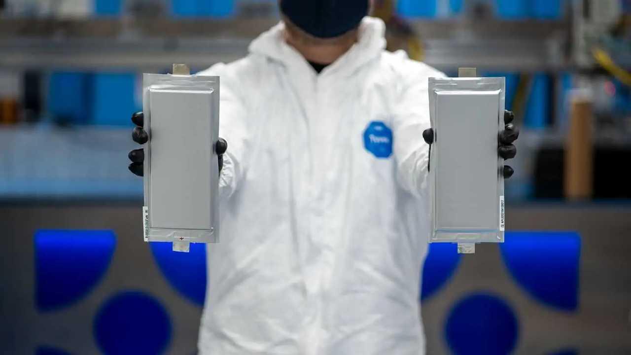 BMW und Ford investieren in die Feststoffbatterie