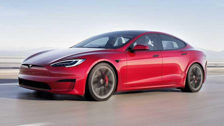 Tesla suspend puis reprend les livraisons de la ModelS!