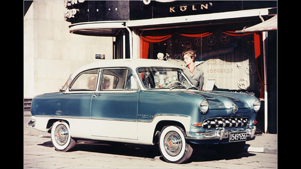 Ford 12M: ,Weltkugel-Taunus