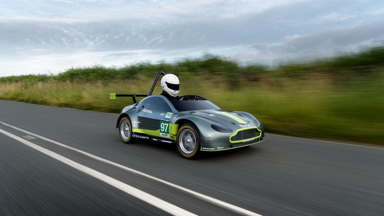 Aston Martin sabun kutusu