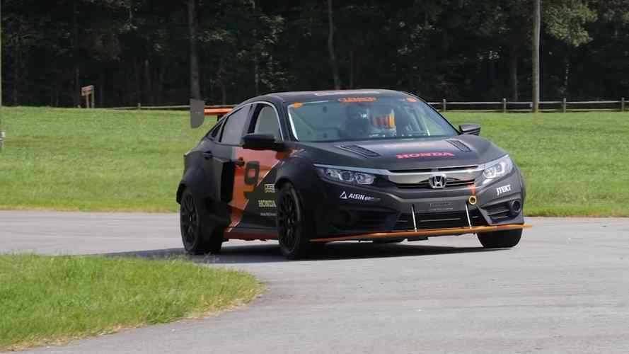 ABD'li öğrenciler hibrit Honda Civic'i rallycross aracı yapmışlar
